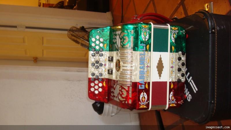 gabbanelli accordions for sale - photo #24